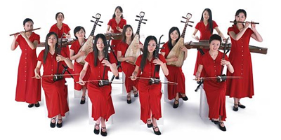 Twelve Girls Band covers Western songs with Chinese instruments