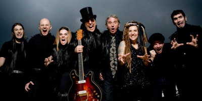 Os Mutantes, back in action, released a new album last week